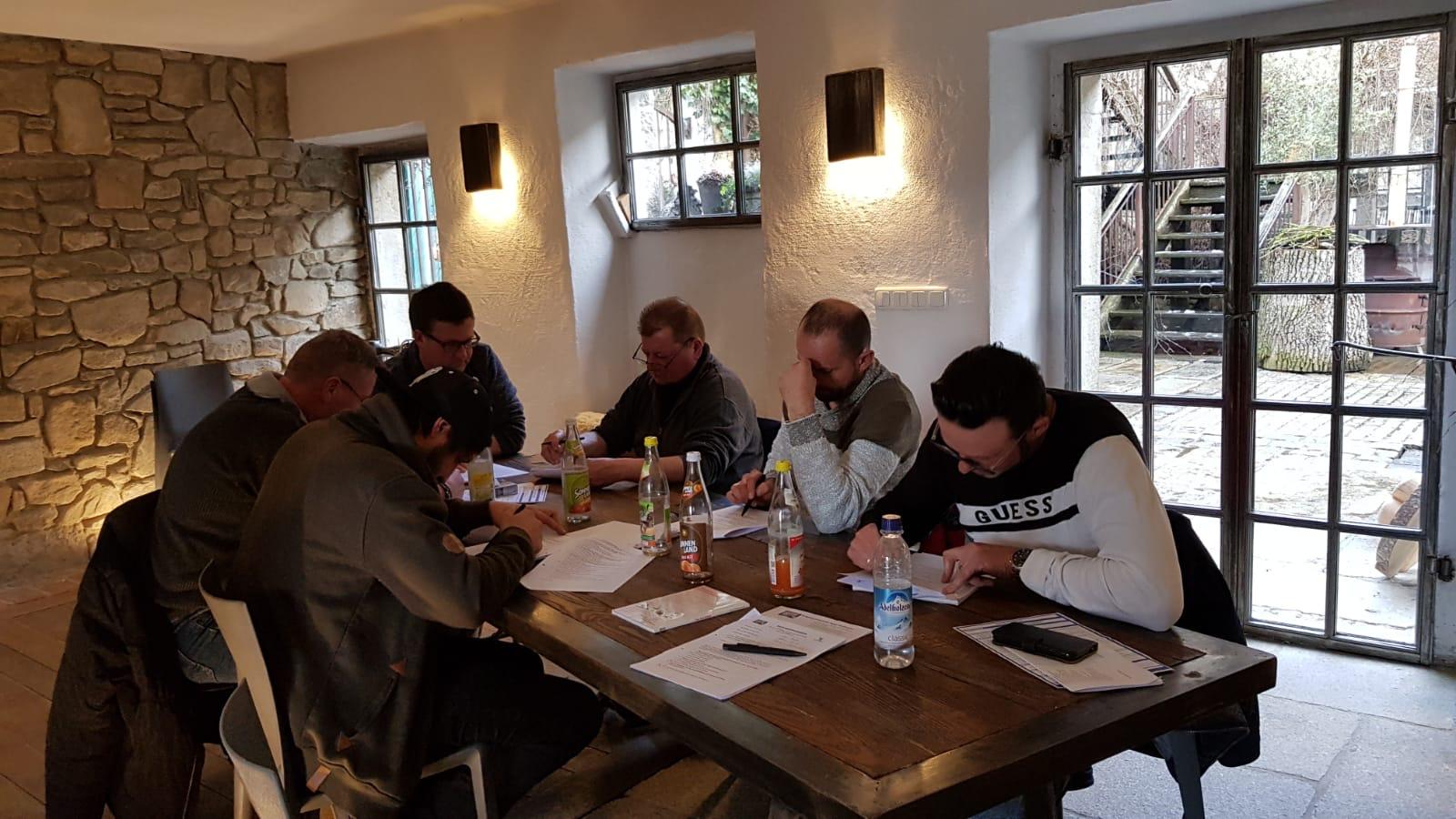 Hoffmann Team bei der Schulung zum Kranführerschein